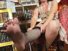 I might have a pantyhose fetish