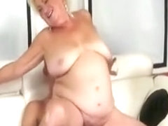 owłosione babcia junior