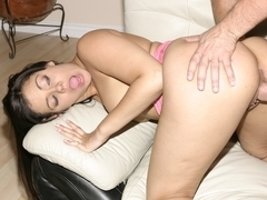 Marquetta Jewel having her pussy nailed very badly