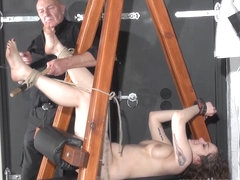Feet whipping and amateur slave bondage of punished bd