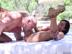 Horny pornstar Jewels Jade in Crazy Outdoor, Big Ass sex scene