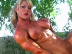 Sexy muscle goddess masturbating