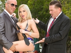 Christie Stevens in Seduced By The Boss's Wife #02, Scene #03