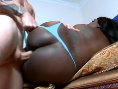 Cody Sky fucks curvy black Luxury Amore