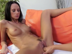 Lusty sex goddess Eveline Neill wants to try some lesbian fisting