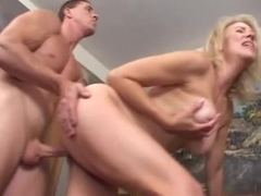 Erica Lauren Gets A Facial After Anal Sex
