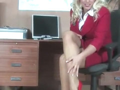 Secretary milf in pantyhose fingering in office