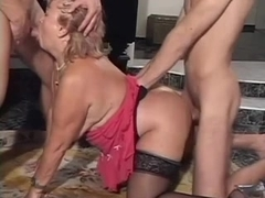 Mature wife hairy pussy fucking