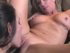 Mindi Mink And Jodi West Go Bananas - PornstarPlatinum