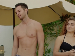 VIXEN Kendra Sunderland Cheats The Second Her Boyfriend Leaves