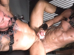 Hugh Hunter and Dolf Dietrich - BarebackThatHole